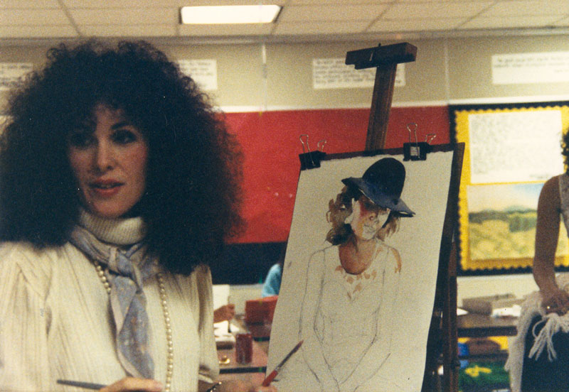 Gwendolyn Evans teaching an art class in 1997